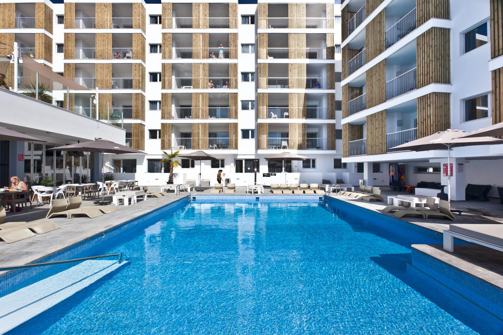 Ryans Ibiza Apartments - Aparthotel in Playa den Bossa